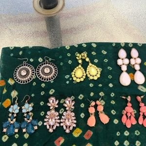 7 Stunning Forever21 Earrings.  All Like New